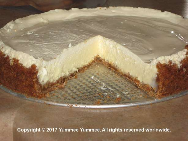 Victorian Cheesecake is a cool and refreshing summer dessert to serve family. It's Yummee Yummee good!