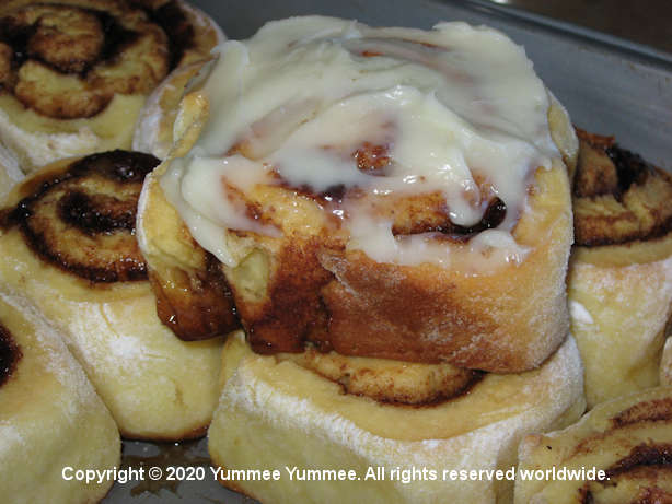 I put a spell on you and now you're mine! Vanilla Cinnamon Rolls. Yum!