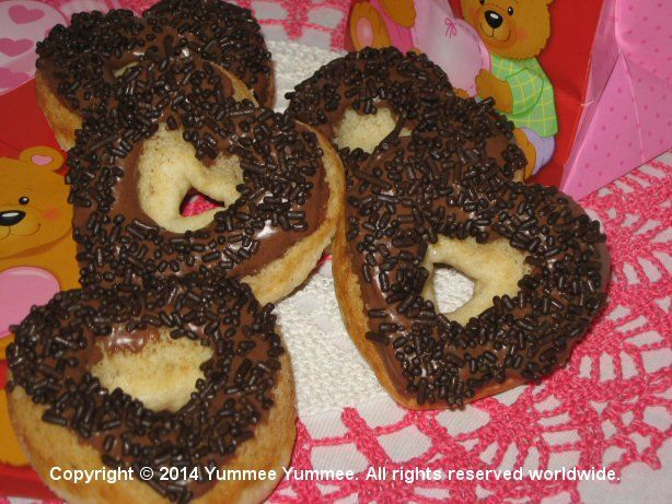 Gluten-free Mini Donuts with Dreamees
